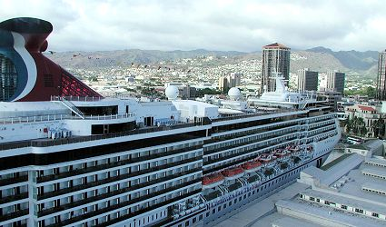 carnival spirit photograph in honolulu